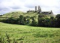 Corfe Castle - geograph.org.uk - 1524251.jpg