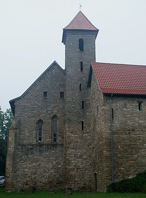 Cornberg - Gothic monastery church (north wing of the cloister) with the adjoining west wing