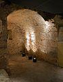 Cripta arqueològica de la presó de Sant Vicent Màrtir, creuer de la capella funerària.JPG