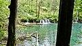 Croatie, Plitvice (Plitvička jezera), Milino jezero (46639842622).jpg
