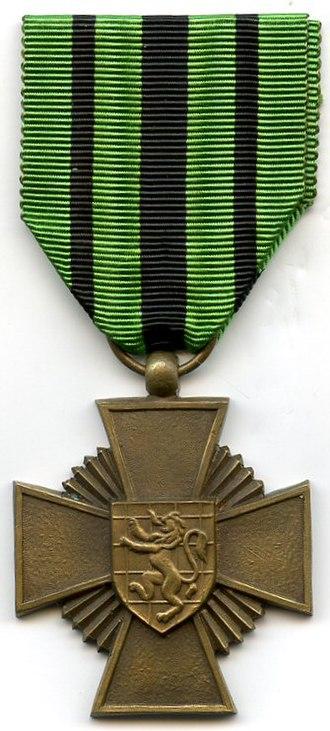 Escapees' Cross 1940–1945 - Escapees' Cross 1940–1945 (obverse)