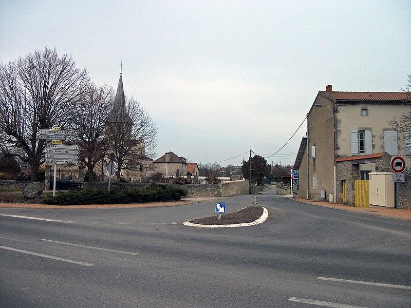 Departmental road 216 towards Jenzat, in Mazerier, Allier [10526]