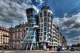 Dancing House, Prague (5651359716).jpg
