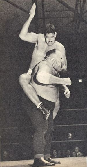 Dara Singh - Singh mounted punches to King Kong at JWA 1955