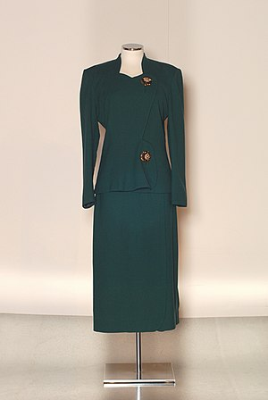 Elsa Schiaparelli - 1948 Schiaparelli suit with large ornamental buttons. PFF Collection.
