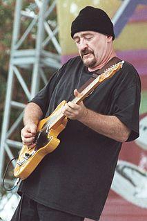 Dave Mason British musician