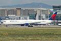 Delta Air Lines Boeing 767-432ER; N837MH@FRA;06.07.2011 603hl (5915195672).jpg