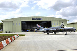 meaning of hangar
