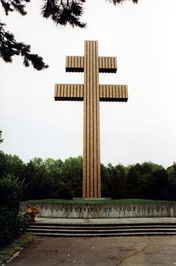 Denkmal General de Gaulle in Colombey 600px.jpg
