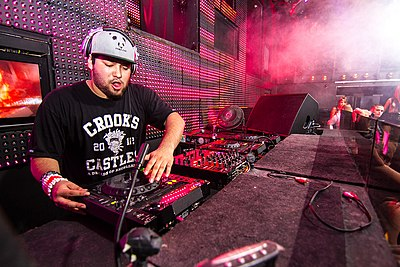 Picture of a band or musician: Deorro