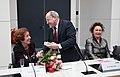 Die Bundesversammlung hat Gauck zum Prsädienten gewählt, Beate Klarsfeld erhielt 126 Stimmen - drei mehr, als DIE LINKE Mandate hatte (6849790734).jpg