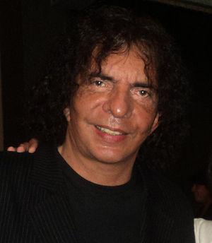 Alejandro Dolina cover