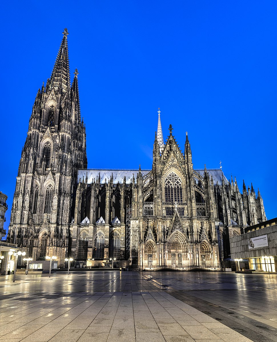 Dom at blue hour (15719443904)