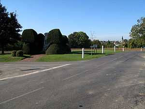 Dommiers monument et panorama 1.jpg