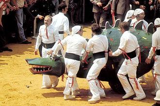 Ducasse de Mons - The dragon and the white men