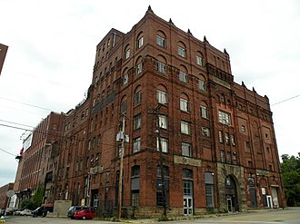 Duquesne Brewing Company - The old Duquesne Brewing Company building, built in 1899, at Mary and 21st Streets in the South Side Flats neighborhood of Pittsburgh, is now home of the Brew House Association.