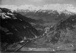 ETH-BIB-Domleschg, Rothenbrunnen, Hinterrhein, Rähzüns, Ringelspitze, Rheintal v. S. aus 1500 m-Inlandflüge-LBS MH01-004443.tif