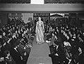 Een modeshow tijdens een bijeenkomst van de Nederlandse Bond van Plattelandsvrou, Bestanddeelnr 904-4334.jpg