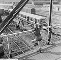 Eerste metro treinstel gearriveerd op Vierhavenstraat, metro vanuit hoogte gezie, Bestanddeelnr 919-2616.jpg