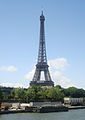 Eiffel Tower from the Seine, 17 July 2007.jpg