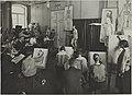 Elävän mallin piirustus, opetustilanne, 1920-luku. Taideteollisuuskeskuskoulun opetustilanteita.-TaiKV-07-013.jpg