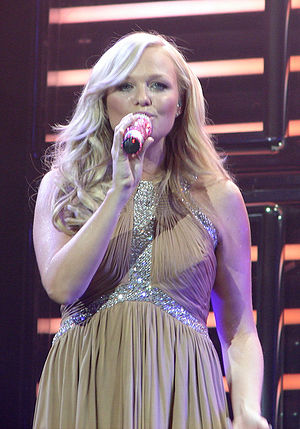 Emma Bunton - Bunton in San Jose on The Return of the Spice Girls tour in 2007