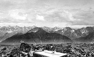 Endicott Mountains - Endicott Mountains looking south, 1901