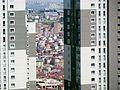 Esenyurt Yeşilkent Mahallesi Innovia blokları, alçak ve yüksek katlı binalar aynı karede.JPG
