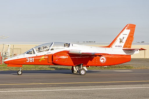 Ex RSAF (VH-DZJ) SIAI Marchetti S211 taxiing at Wagga Wagga Airport