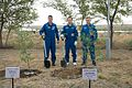 Expedition 49 Preflight (NHQ201609160013).jpg