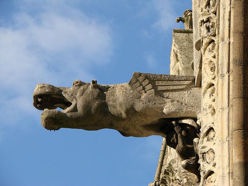 File:Façade Cathédrale de Laon Hippopotame 14 09 08.jpg