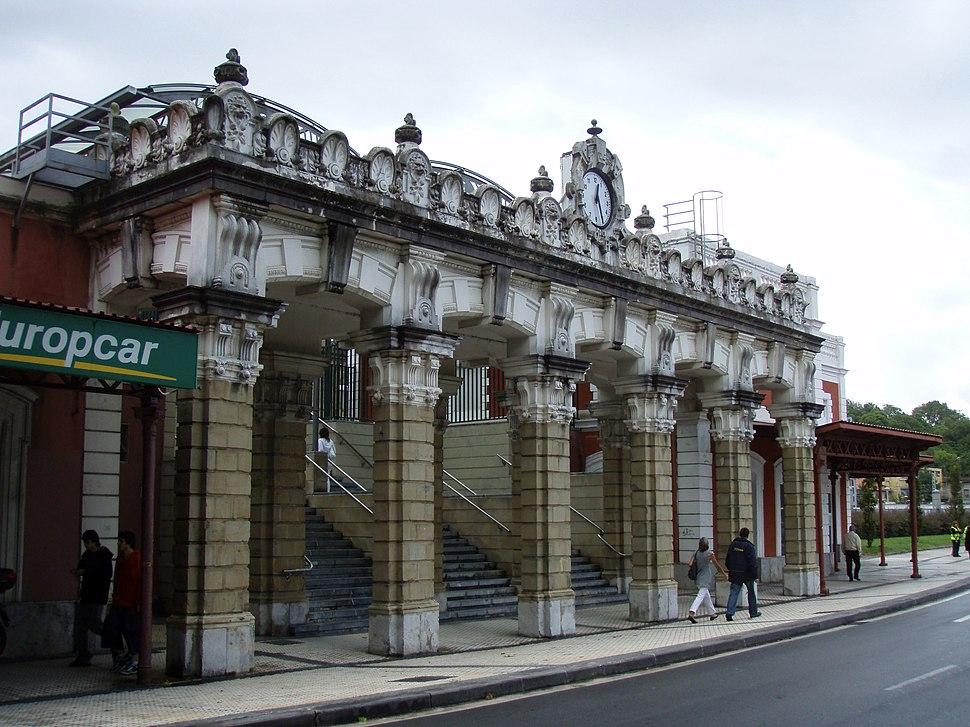 Fachada principal estación San Sebastián2