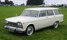 Fiat 2300 estate ca 1968.jpg