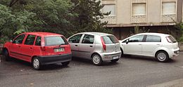Fiat Punto 5door 176, 188 and 199 series.JPG