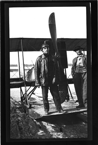 Tony Jannus - Jannus during Mississippi River flights