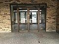 Former Hardee's- Lakeview Centre - Flickr - MichaelSteeber (2).jpg