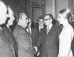 Avec le Shah d Iran Mohammad Reza Pahlavi, et sa femme, Farah Pahlavi, à Moscou en 1969