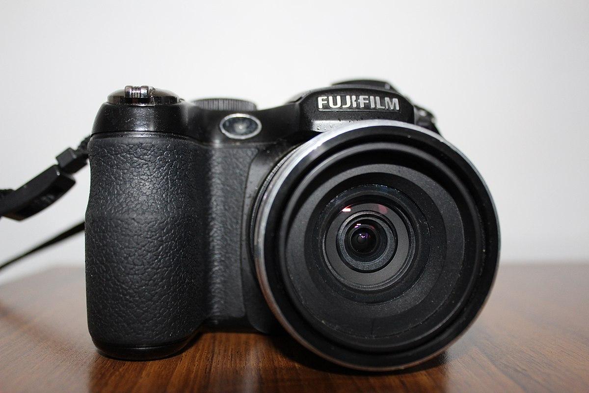 fujifilm finepix s1800 wikipedia rh en wikipedia org fuji finepix s2750hd review fuji finepix s2100hd manual