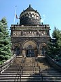 Front view of the Garfield Memorial in Cleveland, vertical orientation.jpg