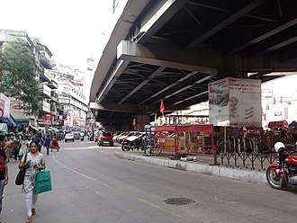 Gariahat Road - The Gariahat road at Rashbehari avenue