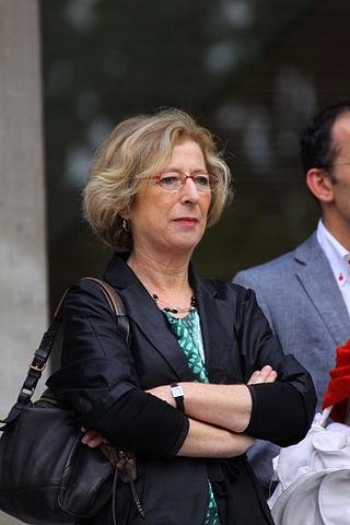 Η Geneviève Fioraso έχει μεγάλη εμπειρία σε θέματα εκπαίδευσης, έρευνας και καινοτομίας