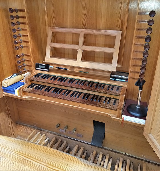 Datei:Geretsried-Gartenberg, Heilige Familie (WRK-Orgel) (6).jpg