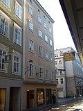 Getreidegasse_10,_Salzburg.jpg