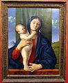 Giovanni bellini, madonna col bambino in piedi che la abbraccia, 1480-90 ca. 01.JPG