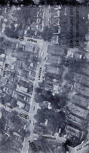 Glenville shootout - Aerial photograph of the area where the Glenville shootout occurred, showing the location of surveillance vehicles and the tow truck.