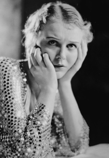 Gloria Stuart Wikipedia The Free Encyclopedia