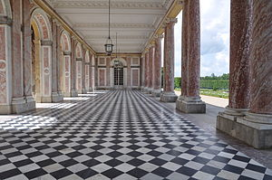 Grand Trianon -  Peristyle of the Grand Trianon.