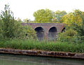 Grand Union Canal and disused railway viaduct - geograph.org.uk - 1343672.jpg