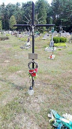 Grave of Anna Hein, Pionki 2019.08.16 (01).jpg