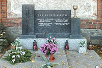 Grave of the Frištenský family in Litovel 02.jpg